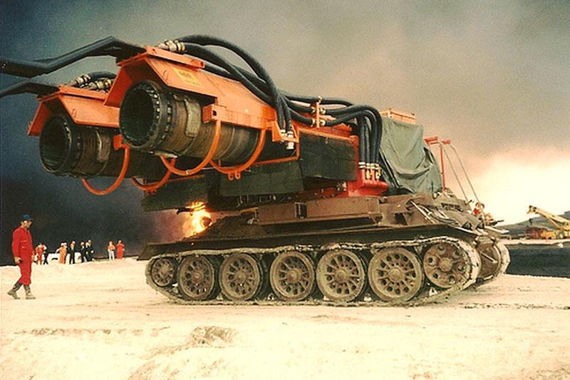 Maďaři kdysi spářili tank se stíhačkou. Ale z důvodů, které byste asi neuhodli: - fotka 1