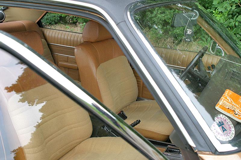 Řídili jsme Chrysler 2 Litre. Francouzský Američan ve své době moc úspěchů značce nepřinesl: - fotka 4