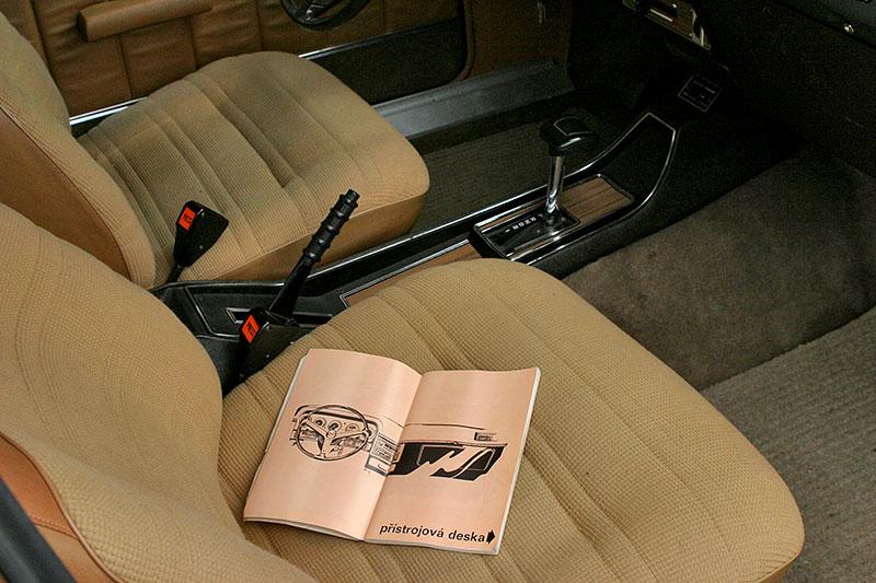 Řídili jsme Chrysler 2 Litre. Francouzský Američan ve své době moc úspěchů značce nepřinesl: - fotka 5
