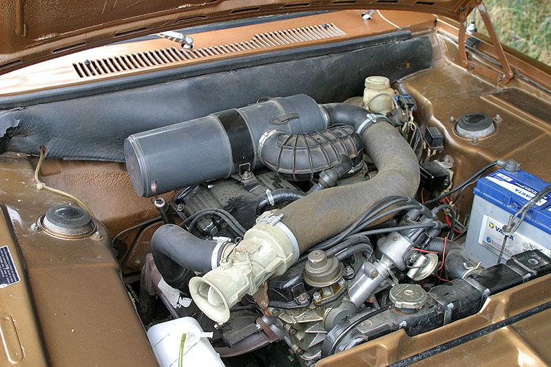 Řídili jsme Chrysler 2 Litre. Francouzský Američan ve své době moc úspěchů značce nepřinesl: - fotka 11