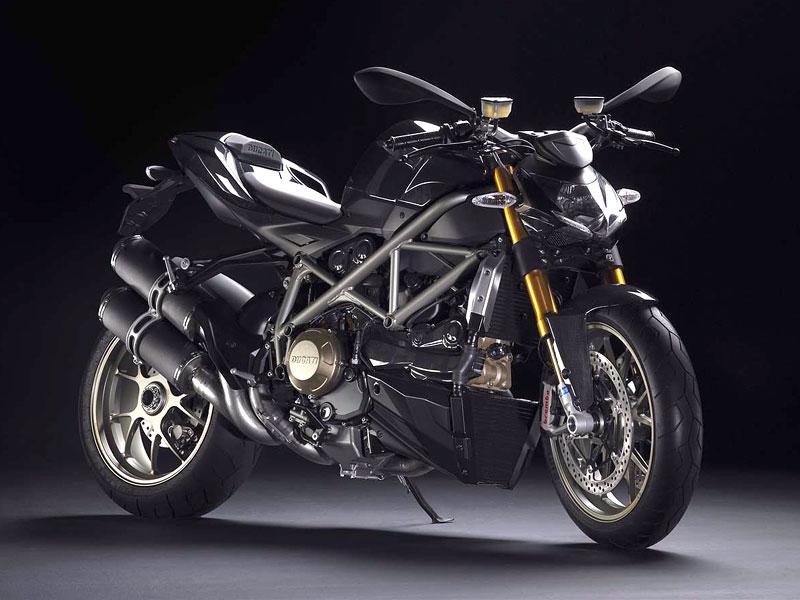 Motociclismo: Motocyklem roku 2009 je Ducati Streetfighter: - fotka 1