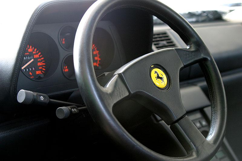Řídili jsme Ferrari 348 TB, jeden z nejdostupnějších supersportů z Maranella. A bylo to boží!: - fotka 1