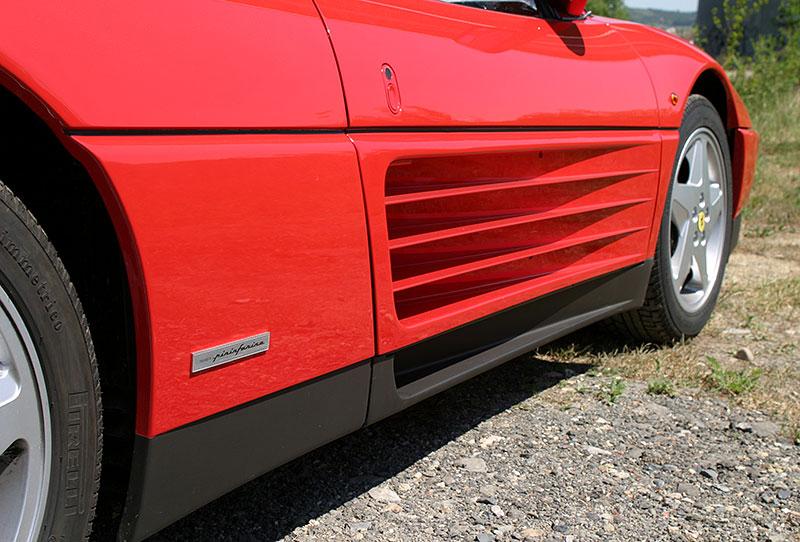 Řídili jsme Ferrari 348 TB, jeden z nejdostupnějších supersportů z Maranella. A bylo to boží!: - fotka 13