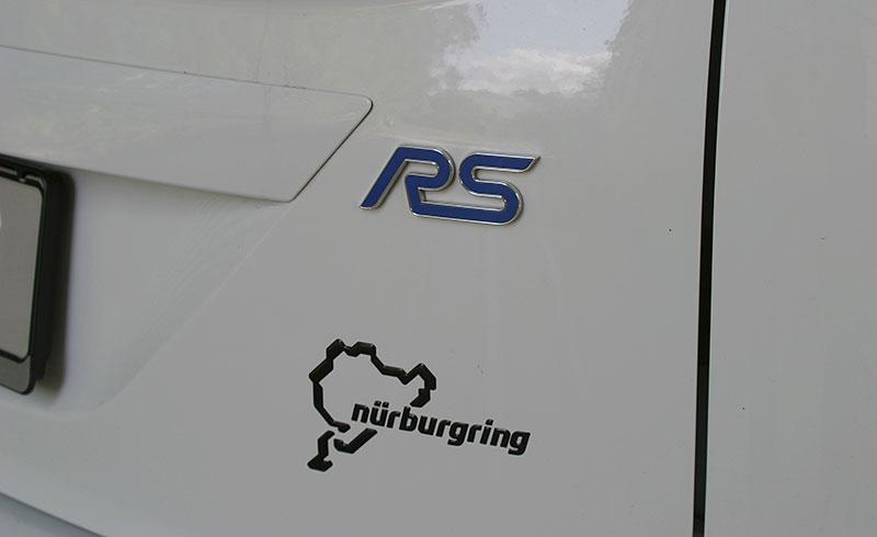 Řídili jsme Ford Focus RS druhé generace. Jeho pětiválec je pořád úchvatný: - fotka 18