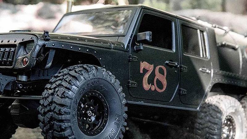 Americký úpravce stvořil šestikolový Jeep na parní pohon. Můžete ho mít: - fotka 11