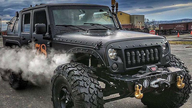 Americký úpravce stvořil šestikolový Jeep na parní pohon. Můžete ho mít: - fotka 12