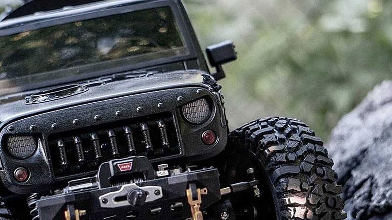 Americký úpravce stvořil šestikolový Jeep na parní pohon. Můžete ho mít: - fotka 14
