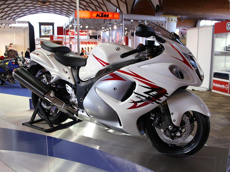 Motocykl 2008: informace a živé foto: - fotka 7