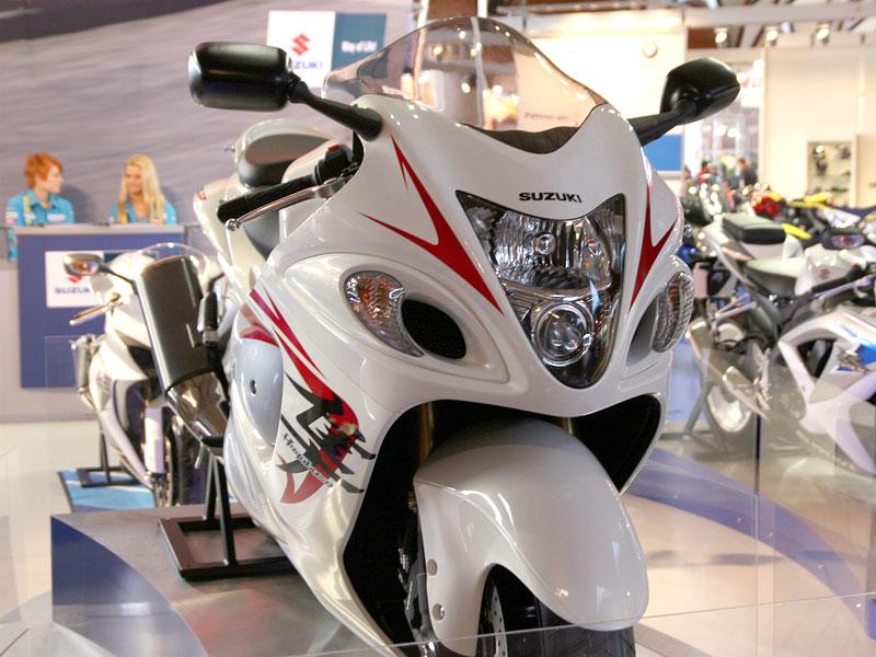 Motocykl 2008: informace a živé foto: - fotka 8
