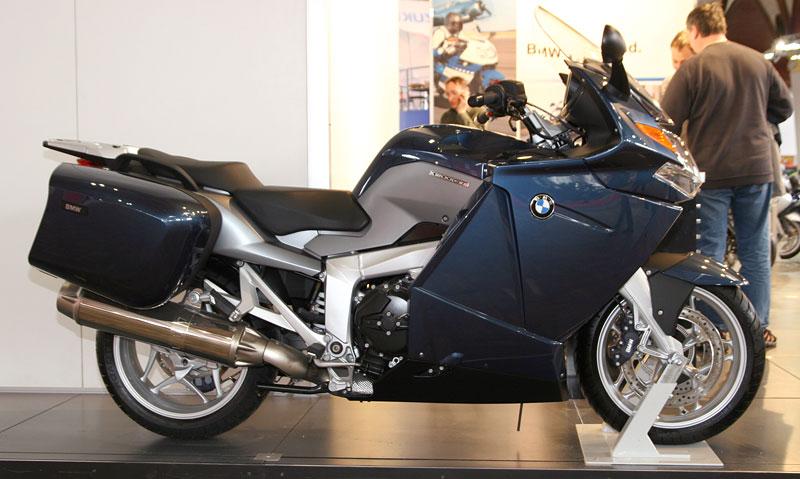 Motocykl 2008: informace a živé foto: - fotka 31