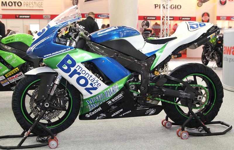 Motocykl 2008: informace a živé foto: - fotka 32