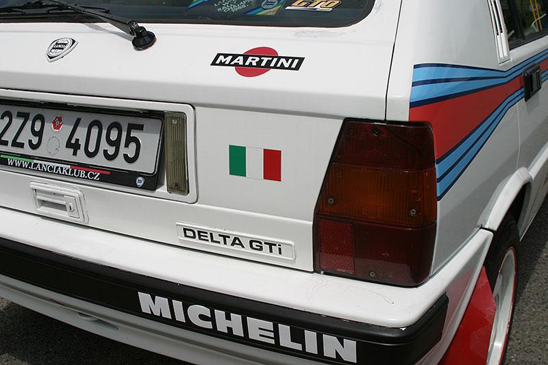 Řídili jsme Lancii Delta GT i. e. Integrale to není, ale zase ji koupíte výrazně levněji. A zábavná je taky: - fotka 14