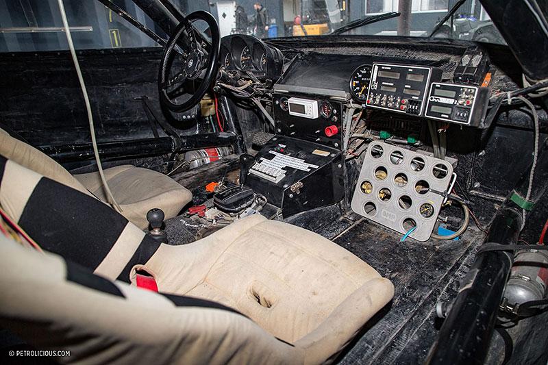 Věděli jste, že existuje Mercedes 560 SEC v terénní verzi? Startoval na Dakaru: - fotka 1