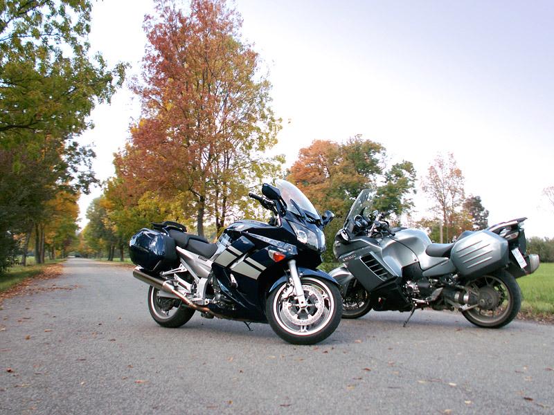 Dueltest - Yamaha FJR1300A vs. Kawasaki 1400GTR: - fotka 10