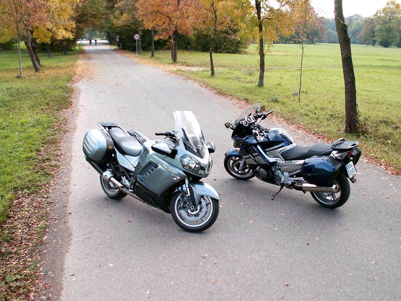 Dueltest - Yamaha FJR1300A vs. Kawasaki 1400GTR: - fotka 12