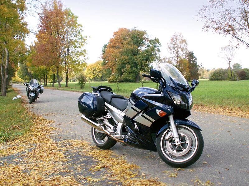 Dueltest - Yamaha FJR1300A vs. Kawasaki 1400GTR: - fotka 23