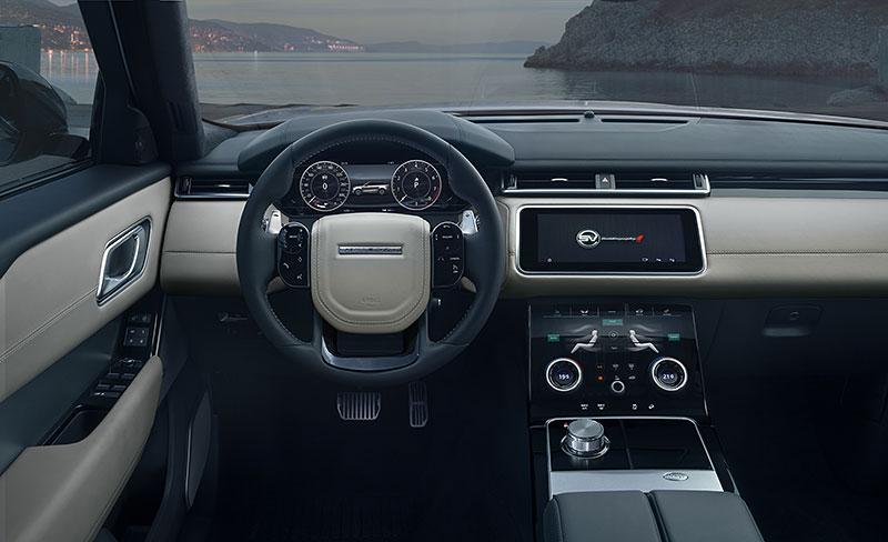 Range Rover Velar má novou vrcholnou verzi. Pohání ji osmiválec o výkonu 550 koní: - fotka 3