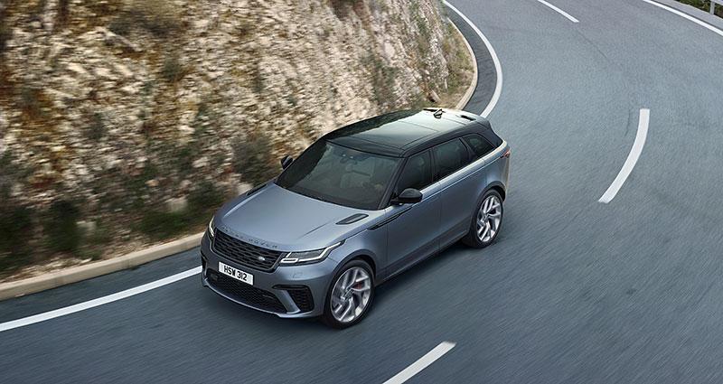 Range Rover Velar má novou vrcholnou verzi. Pohání ji osmiválec o výkonu 550 koní: - fotka 11