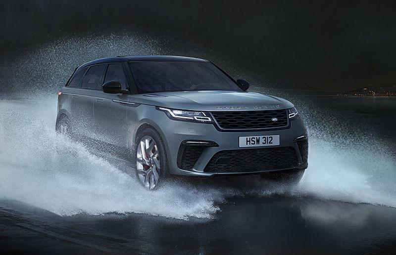 Range Rover Velar má novou vrcholnou verzi. Pohání ji osmiválec o výkonu 550 koní: - fotka 15