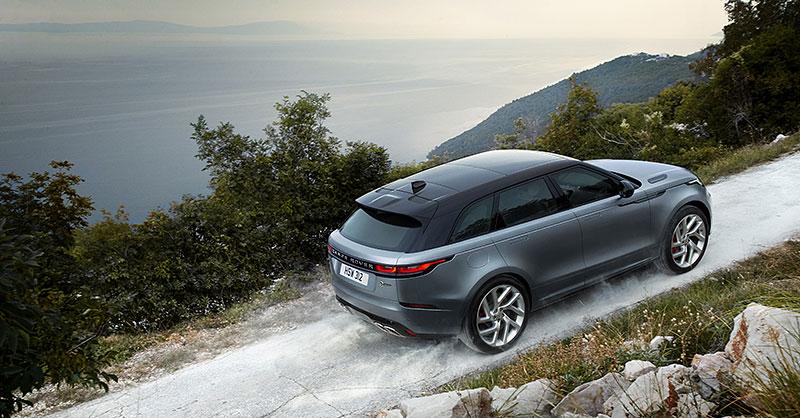 Range Rover Velar má novou vrcholnou verzi. Pohání ji osmiválec o výkonu 550 koní: - fotka 24