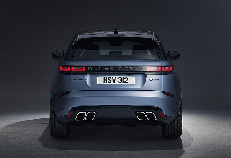 Range Rover Velar má novou vrcholnou verzi. Pohání ji osmiválec o výkonu 550 koní: - fotka 25