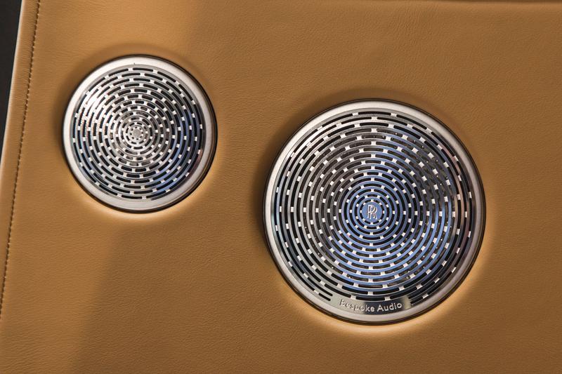 Registrační značka, prý ideální pro Rolls-Royce, se vydražila za 13 milionů: - fotka 5