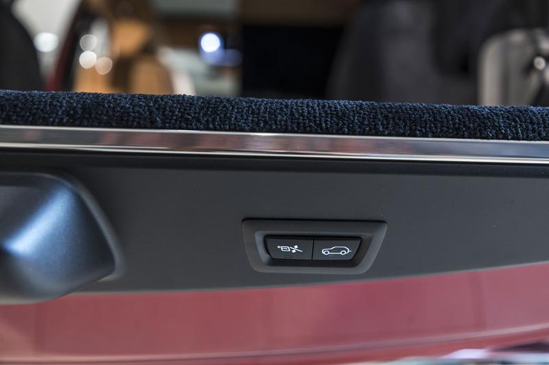 Registrační značka, prý ideální pro Rolls-Royce, se vydražila za 13 milionů: - fotka 26