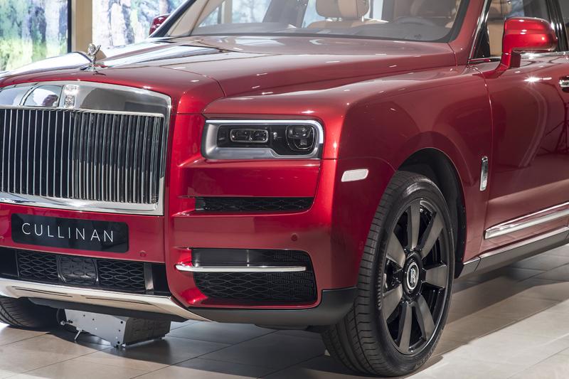 Registrační značka, prý ideální pro Rolls-Royce, se vydražila za 13 milionů: - fotka 30
