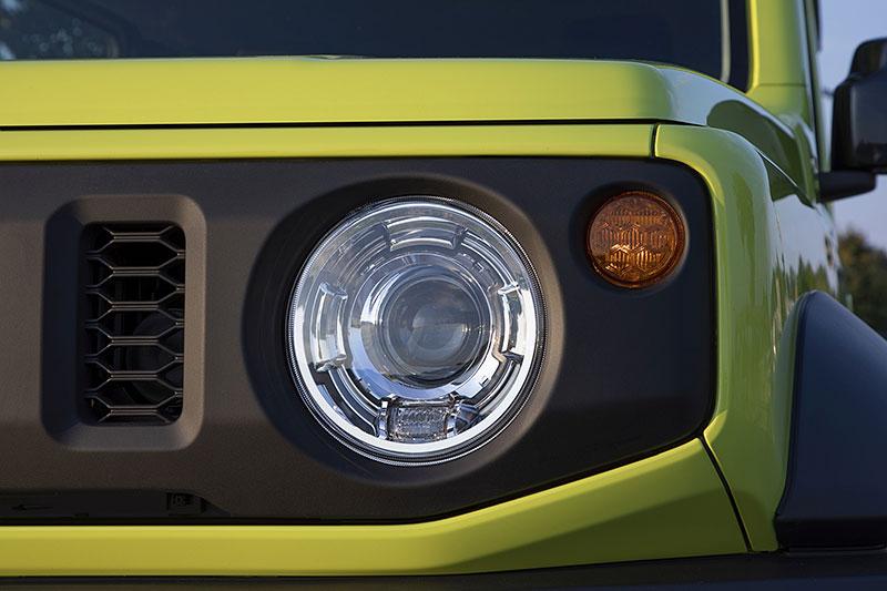 V Japonsku vám ze Suzuki Jimny udělají Mercedes třídy G nebo Land Rover Defender: - fotka 24