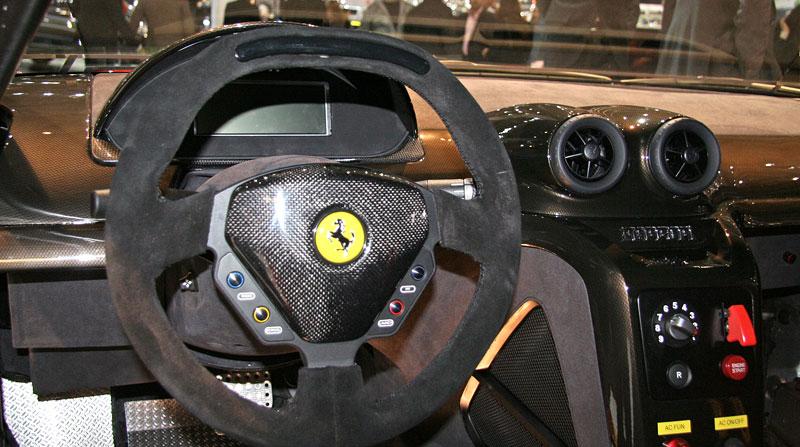 Ferrari 599XX: Massa za volantem (+video): - fotka 11