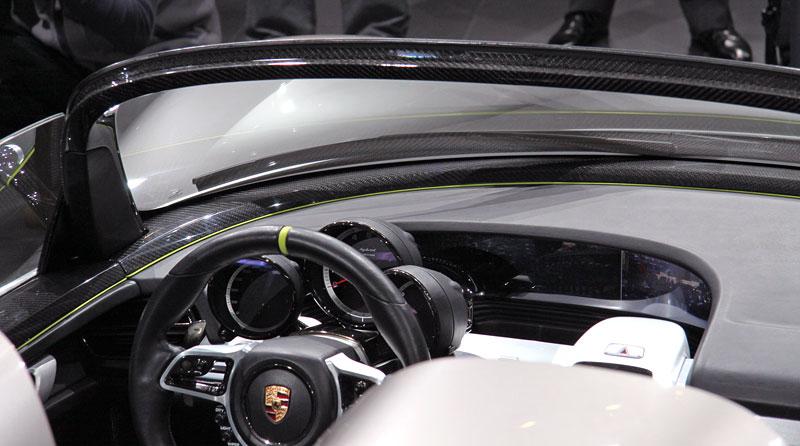 Porsche 918 v Detroitu jako závodní Coupe: - fotka 2