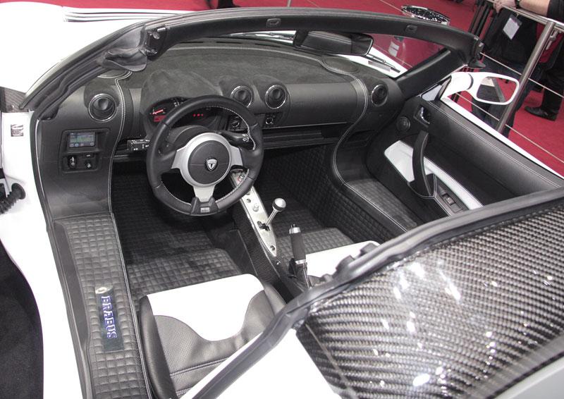 Autosalon Ženeva: Tesla by Brabus live: - fotka 4