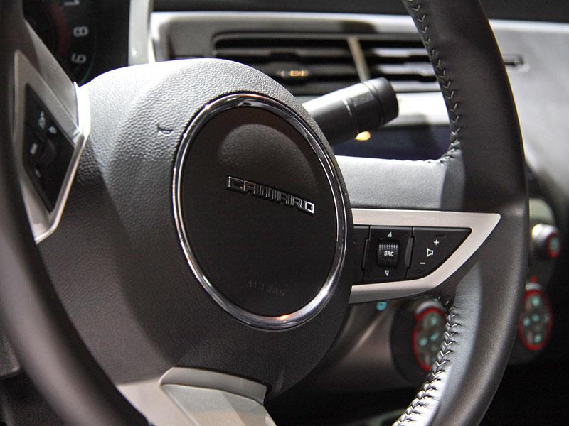 Ženeva 2010 živě: Chevrolet Camaro: - fotka 2