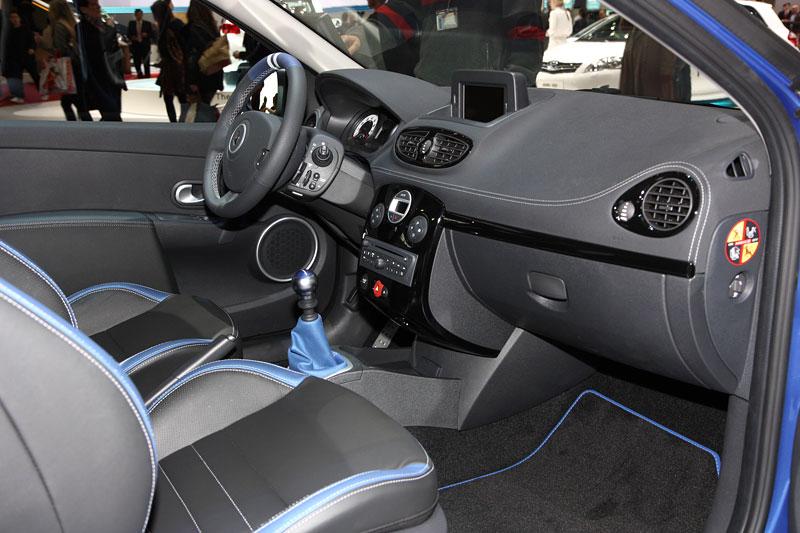 Ženeva 2010: Renault Clio Gordini RS: - fotka 3