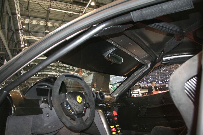 Ferrari 599XX: Massa za volantem (+video): - fotka 10