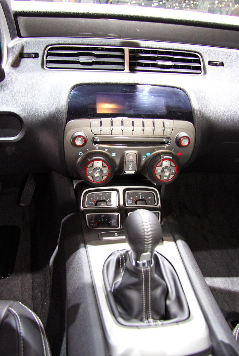 Ženeva 2010 živě: Chevrolet Camaro: - fotka 3
