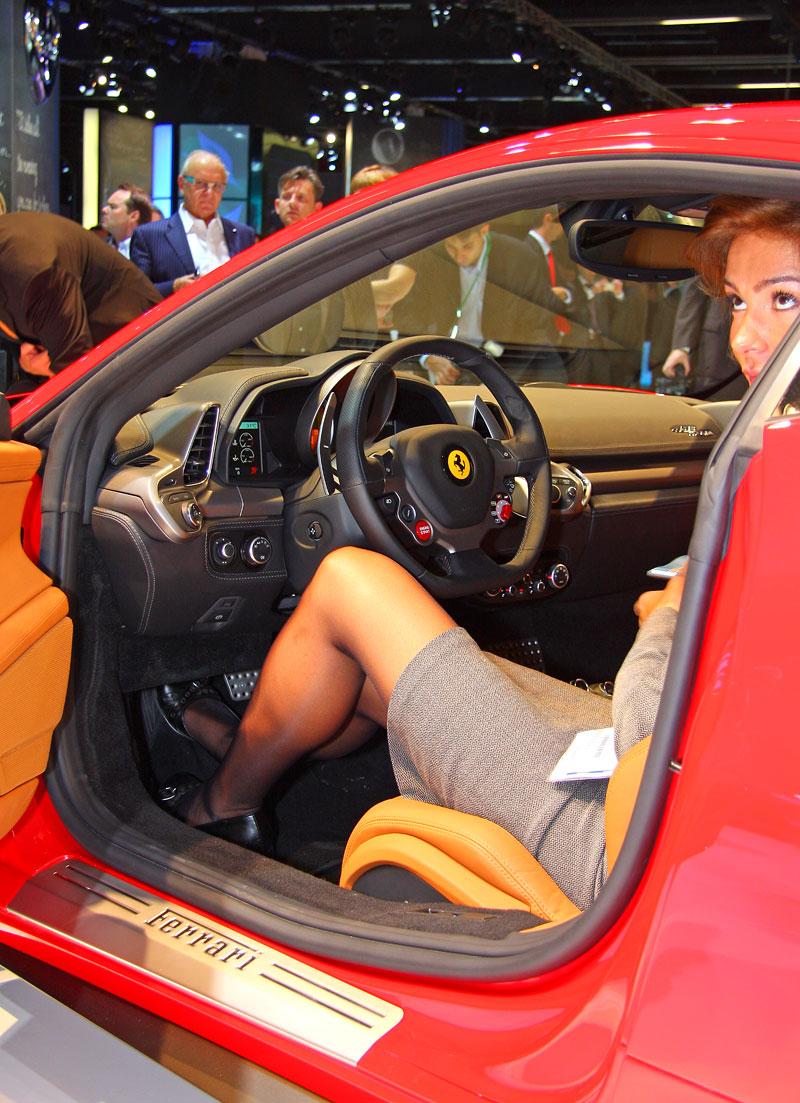 Frankfurt 2009 živě: Ferrari 458 Italia – první dojmy: - fotka 2