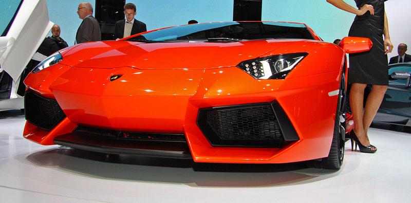 Ženeva 2011 živě: Lamborghini Aventador LP700-4: - fotka 13