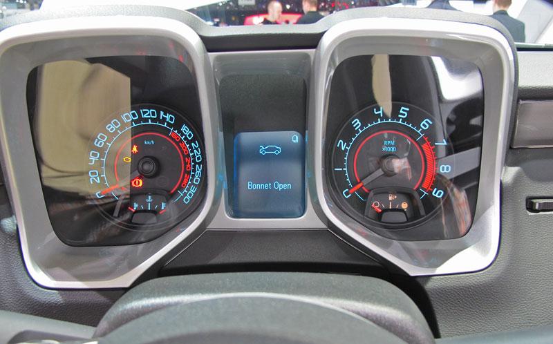 Ženeva 2011 živě: Chevrolet Camaro Convertible: - fotka 1