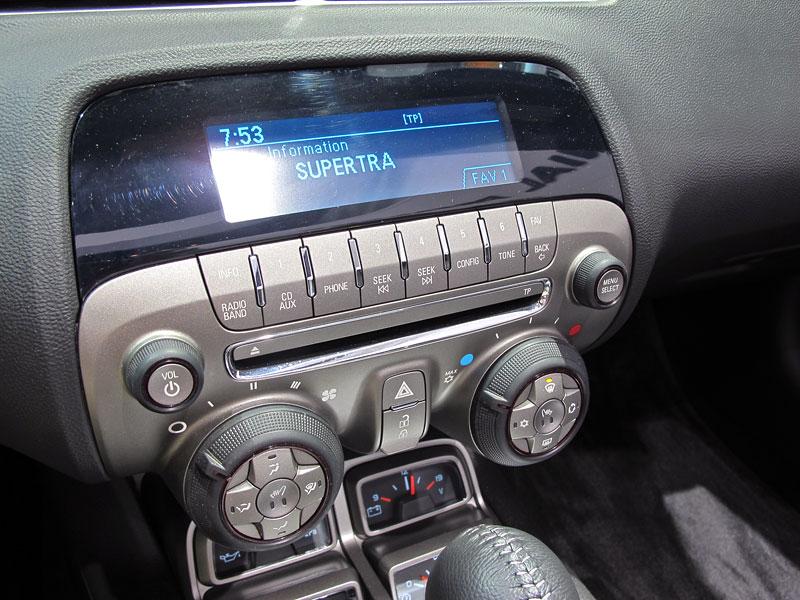 Ženeva 2011 živě: Chevrolet Camaro Convertible: - fotka 2