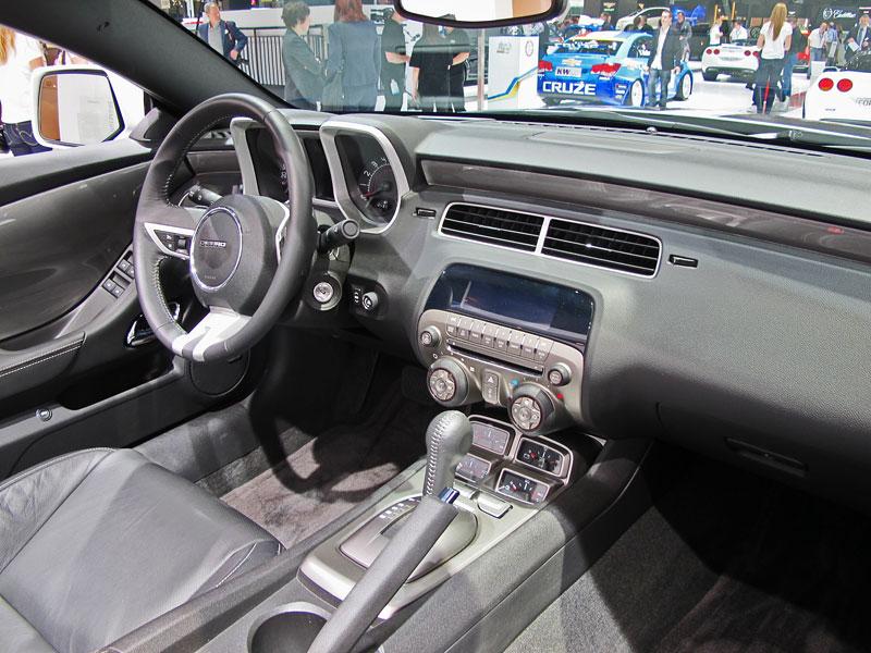 Ženeva 2011 živě: Chevrolet Camaro Convertible: - fotka 4