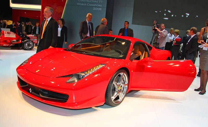 Frankfurt 2009 živě: Ferrari 458 Italia – první dojmy: - fotka 6