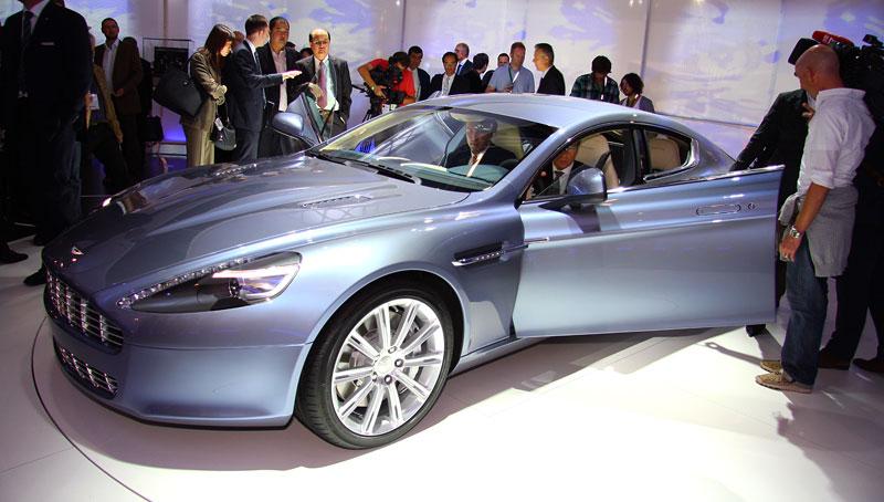 Frankfurt 2009 živě: Aston Martin Rapide - první dojmy: - fotka 10