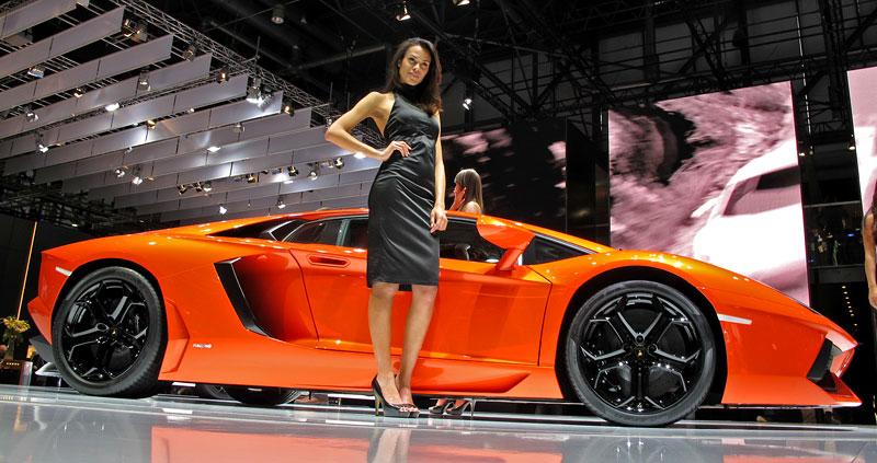 Ženeva 2011 živě: Lamborghini Aventador LP700-4: - fotka 26