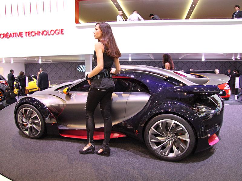 Ženeva 2010: Citroën Survolt – stylový i agresivní (nové foto): - fotka 6