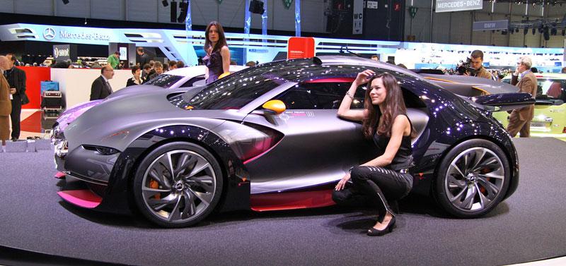 Ženeva 2010: Citroën Survolt – stylový i agresivní (nové foto): - fotka 7