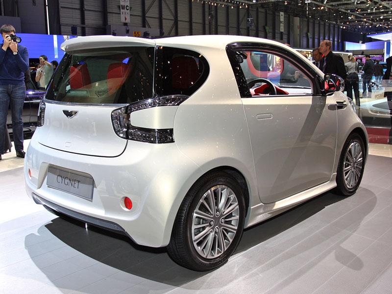 Ženeva 2010: Cygnet Concept - baby Aston Martin (nové foto): - fotka 9
