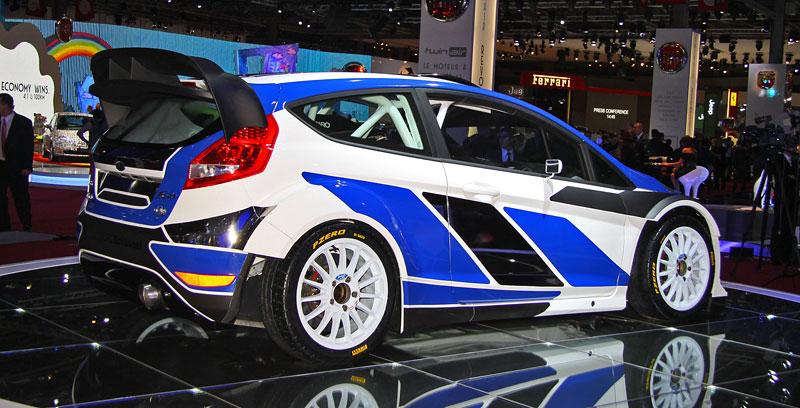 Paříž 2010: Ford Fiesta RS WRC – je pomalu čas udělat focusu pápá: - fotka 6