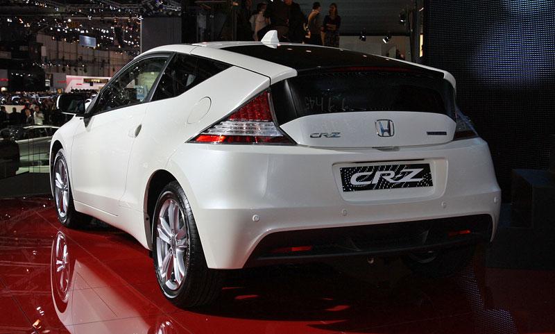 Ženeva 2010 živě: Honda CR-Z: Návrat legendy: - fotka 13