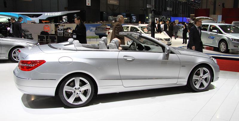 Ženeva 2010 živě: Mercedes-Benz E Cabriolet: - fotka 12